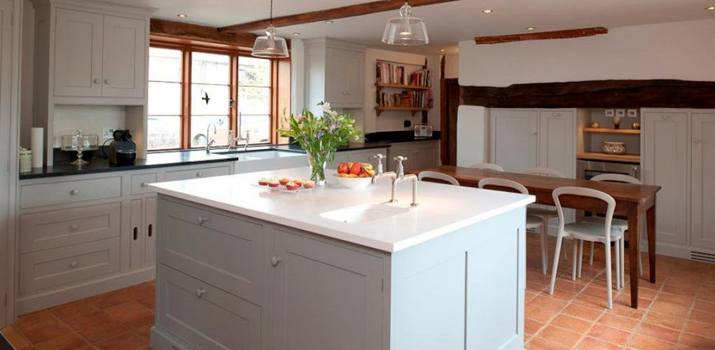 Why Are U0027Traditionalu0027 Kitchens So Popular?